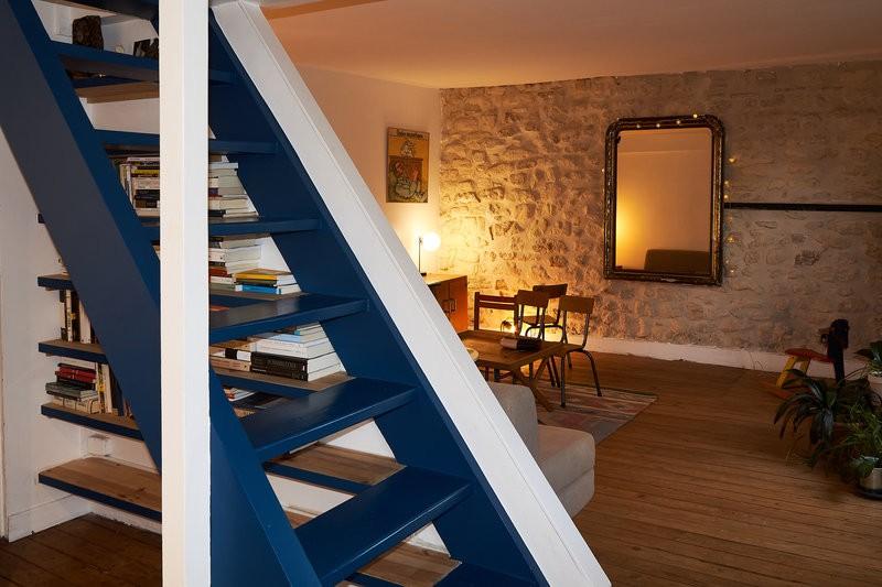 Chez Niryis, un duplex cosy en guise de salle de réunion à Paris 14
