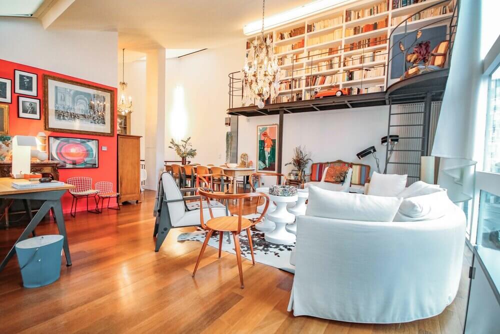 Maison de style Le Corbusier moderne et pratique