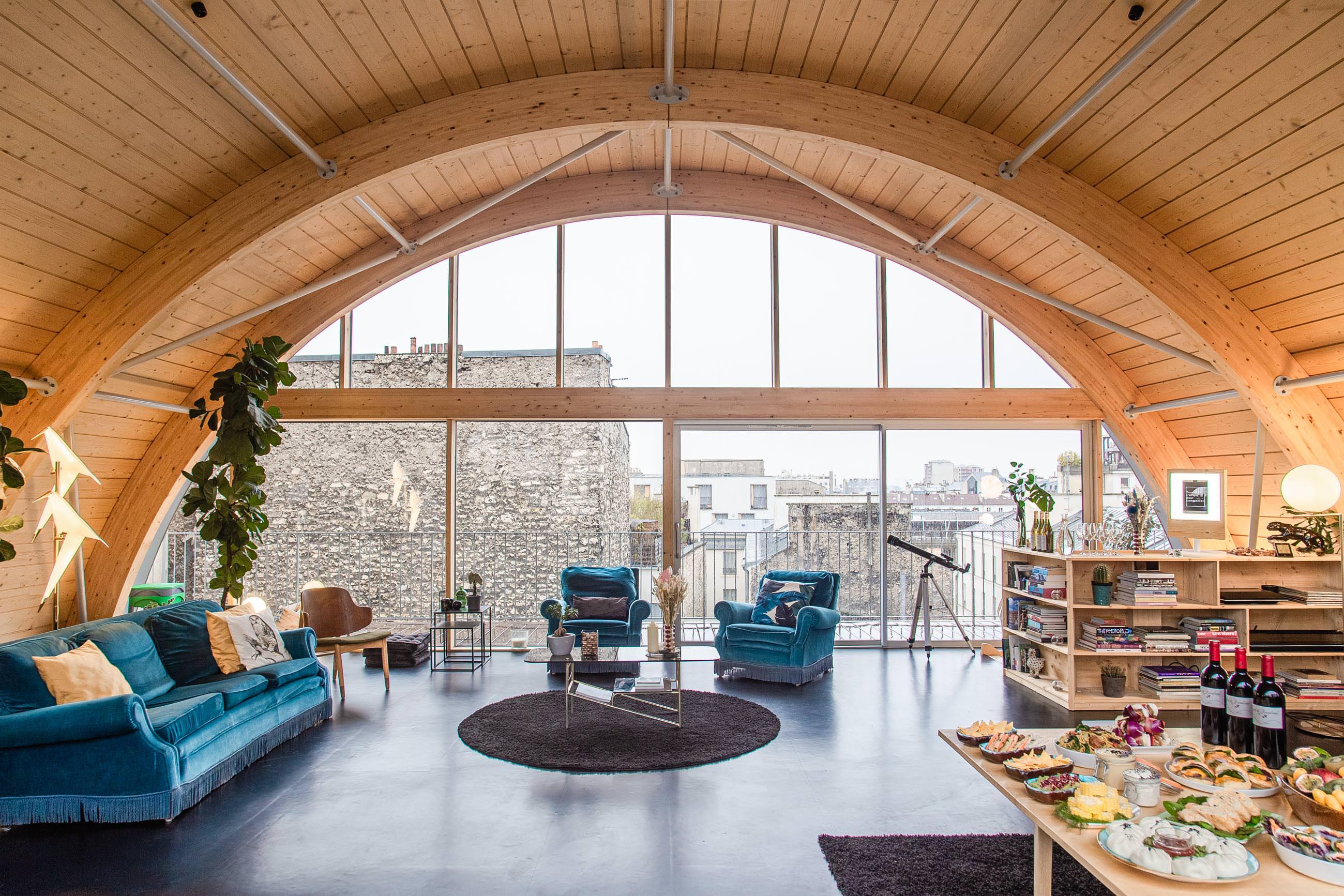 Rooftop atypique avec grande terrasse dans le 10ème arrondissement de Paris