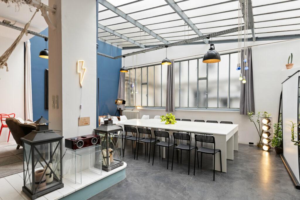 Loft atypique et moderne situé à Paris